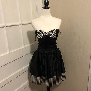 1980s Strapless Satin Black & White Cocktail Dress